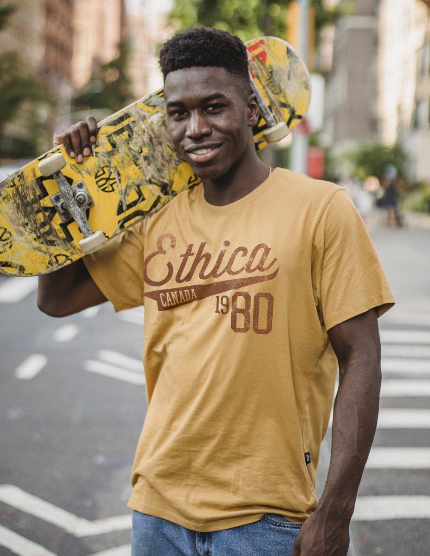 Classic t-shirt 1980 - mustard